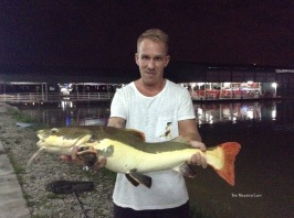If not in Thailand, Calle finally landed the Redtail in Malaysia. Safely released.